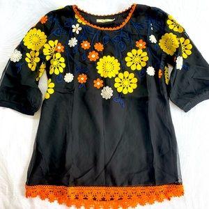 OGGI | Retro style embroidered blouse